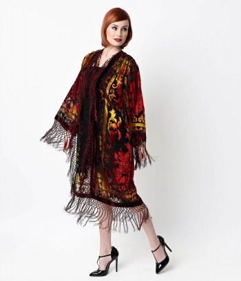1920s kimono coat makes a great costume accessory. See more ideas at Sahafah24.info