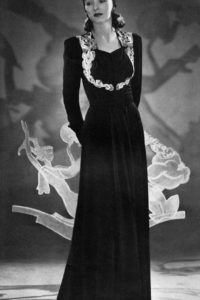 1940 black velvet evening dress