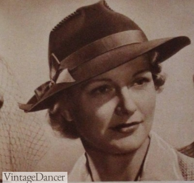 5adec9d1984 1940s Hats History - 20 Popular Women s Hat Styles