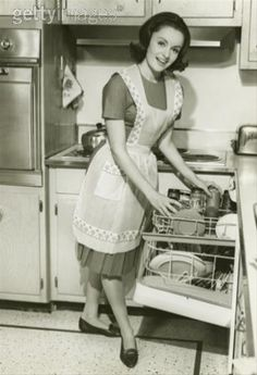 1950s , Plain white cotton full apron was the day to day choice apron