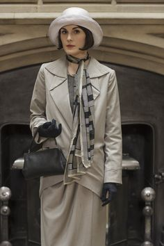 Downton Abbey's Mary Crawley wearing a late 20s suit