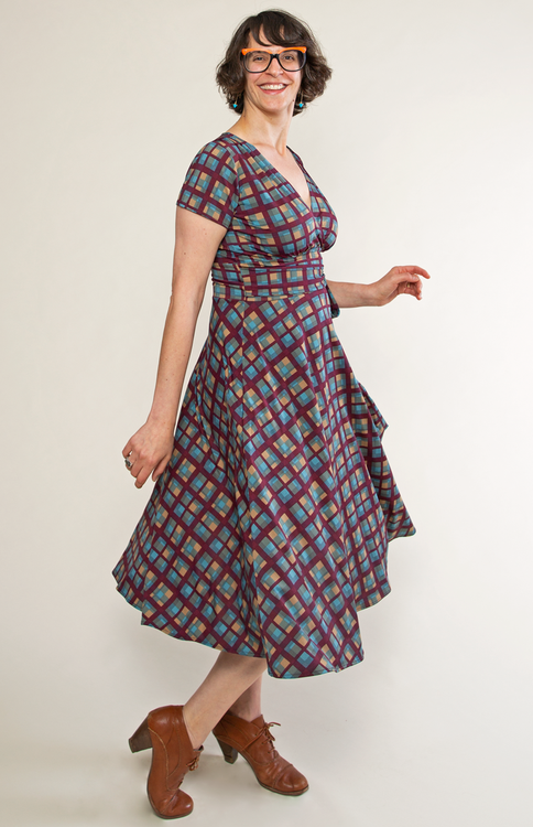1950s Plus Size Dresses, Clothing and Costumes