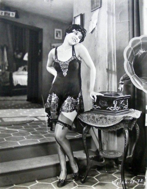 Silent screen actress, Fifi Dorsay, in camiknickers lingerie
