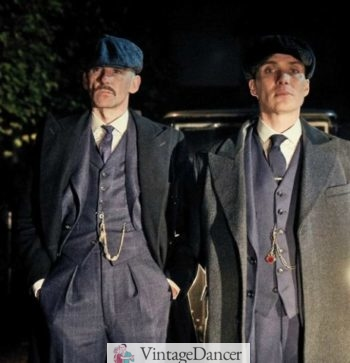 1920s mens fashion vests - Both collared and collarless vest were worn in Peaky Blinders