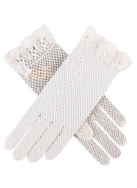 Edwardain style lace gloves at vintagedancer.com